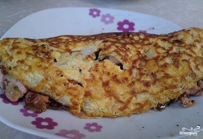 Омлет с лососем - фото шаг 7