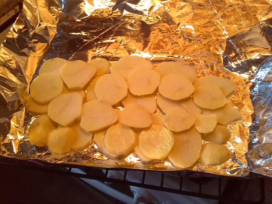 Рецепт Карп, запеченный в фольге с грибами и картофелем