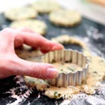 Сырное печенье с базиликом - фото шаг 4