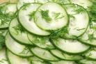 Салат из огурцов с укропом