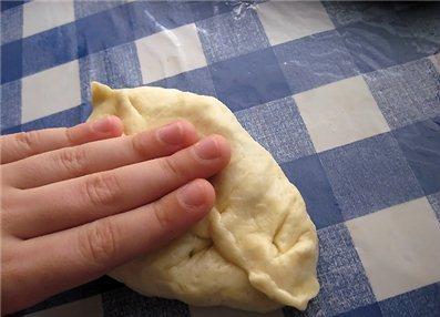 Тесто на пирожки с картошкой - фото шаг 3