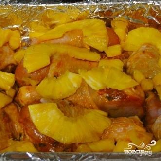 Курица, запеченная с ананасами - фото шаг 7