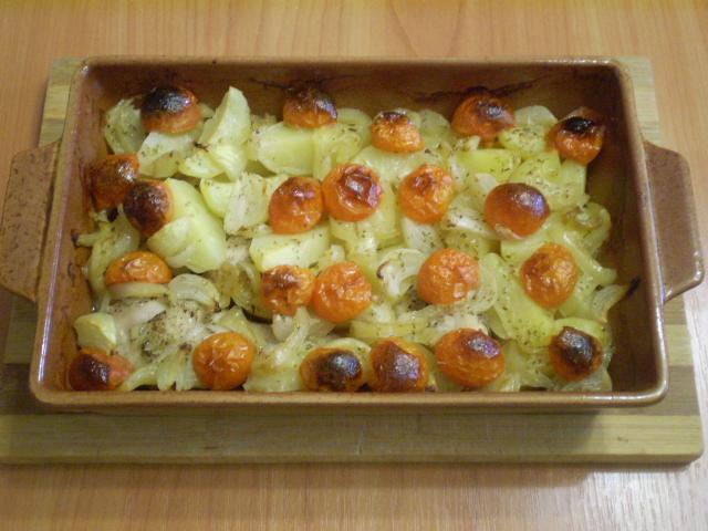 Курица в духовке с овощами и картофелем - фото шаг 5