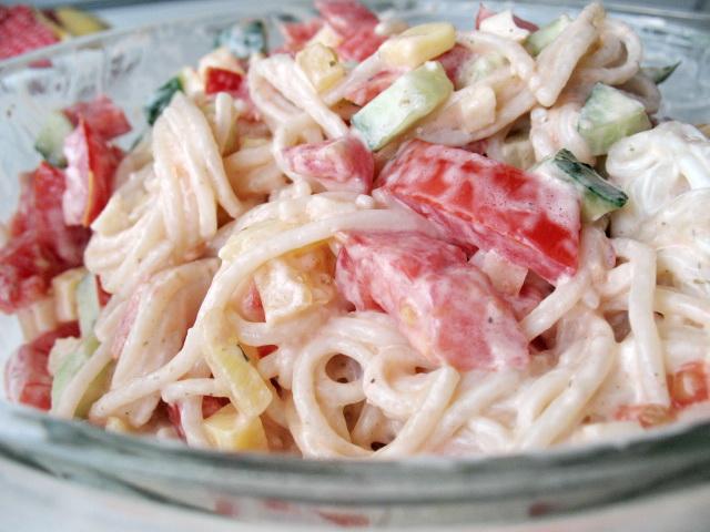 Салат из макарон - фото шаг 3