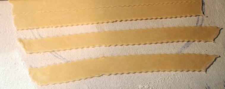Пирог с вишней из песочного теста - фото шаг 8