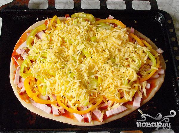 Пицца с колбасой - фото шаг 4