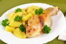 Картофель с курицей в духовке