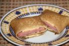 Блинчики с копченой колбасой