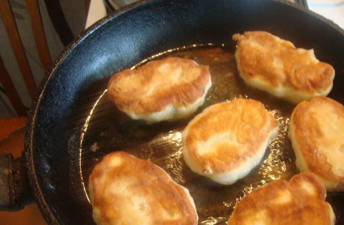 Дрожжевое тесто для жареных пирожков - фото шаг 5