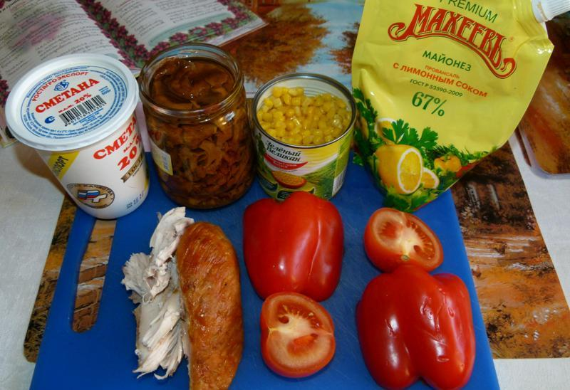 Рецепт Салат с лисичками под сметаной