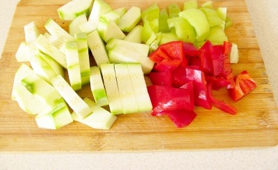 Отварная говядина с овощами - фото шаг 2