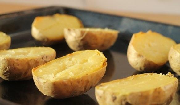 Картофель с брокколи в духовке - фото шаг 4