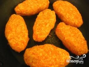 Постные котлеты из моркови - фото шаг 5
