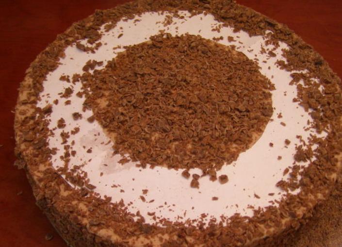 Клубнично-шоколадный торт с творожной прослойкой - фото шаг 18