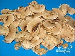 Жареная картошка с шампиньонами и луком - фото шаг 3