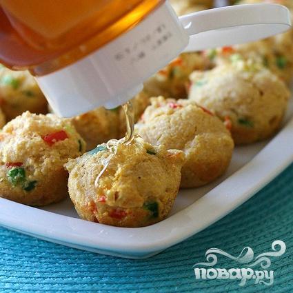 Кукурузные шарики с луком и болгарским перцем - фото шаг 6