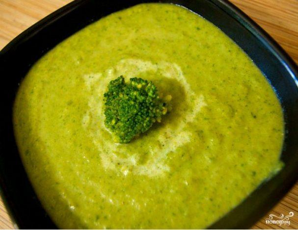 Суп-пюре из брокколи и шпината