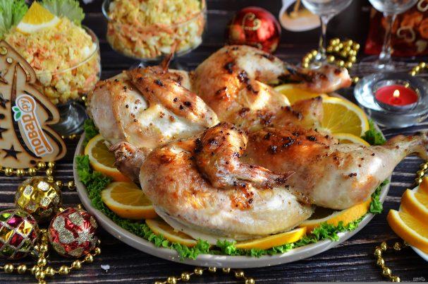 """Курица в духовке """"Новогодняя"""""""