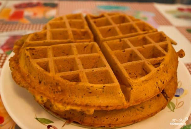 Тесто для вафель в вафельнице