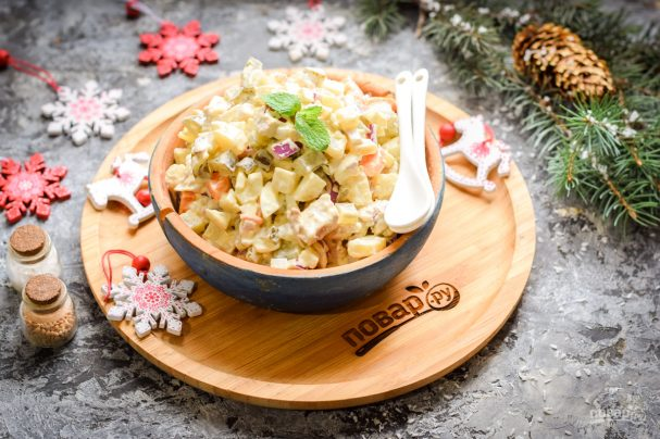 Мясной салат на Новый год