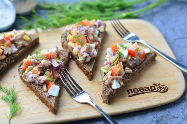 Бутерброды с молоками сельди