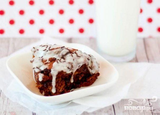 Шоколадные булочки с корицей в глазури
