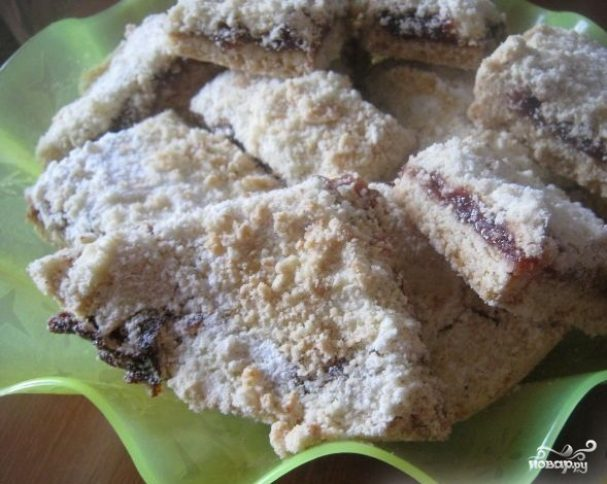 Насыпной пирог с вареньем