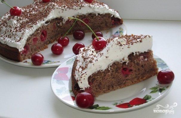 Вишневый пирог с кремом