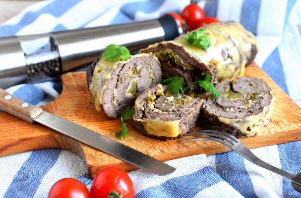 Рулет из говядины под сыром