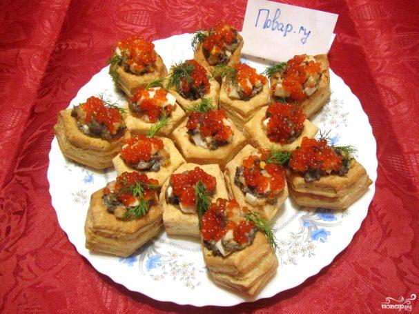 Тарталетки с грибами и креветками