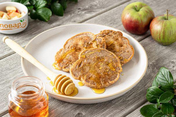 Гречневые оладьи с яблоком