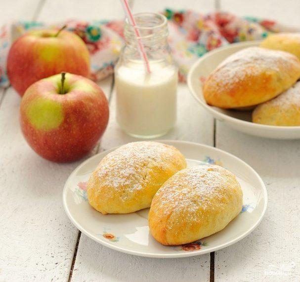 Сочни с яблоками