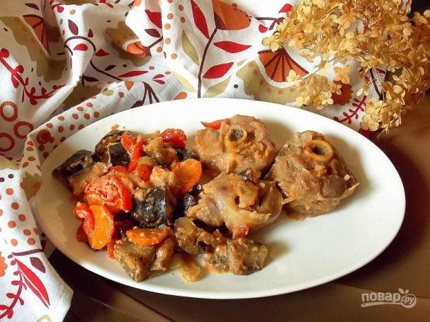 Стейки из бедра индейки с овощами в духовке — photo 2