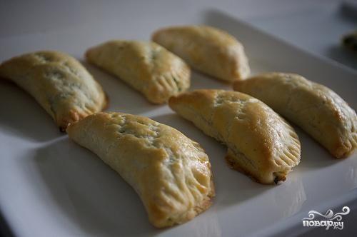 Пирожки со шпинатом и сыром Фета
