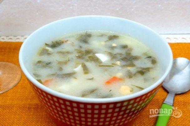 Суп из щавеля с плавленым сыром и яйцами