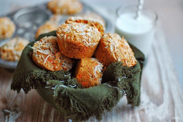 Морковные маффины с кокосом
