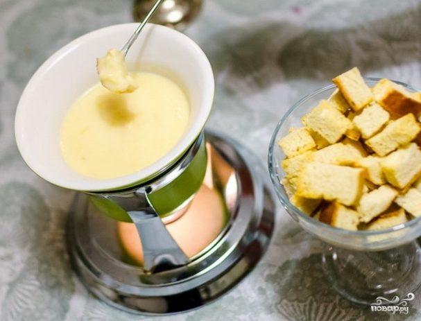 Сырное фондю без вина