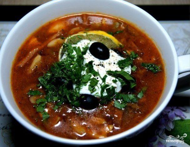 суп солянка с копченостями рецепт и оливк и картофелем