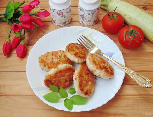 Котлеты из куриного филе с кабачком без яиц