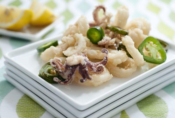 рецепт по приготовлению жареного кальмара с лимоном