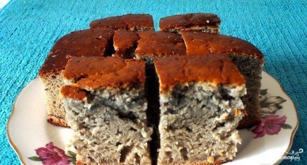 Бисквит со смородиновым вареньем