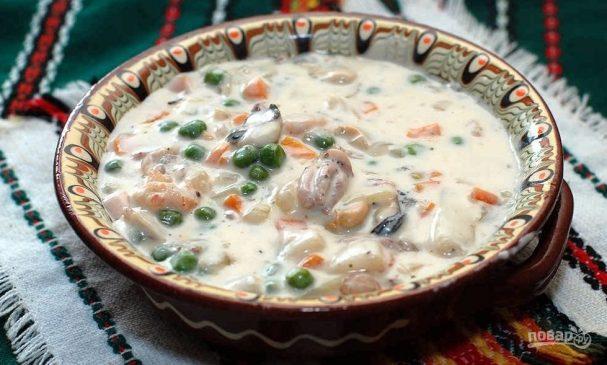Суп из коктейля морепродуктов