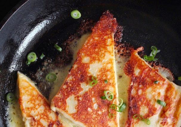 Картофельные уголки с сыром и зеленым луком