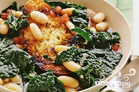 Суп с фасолью и тосканской капустой