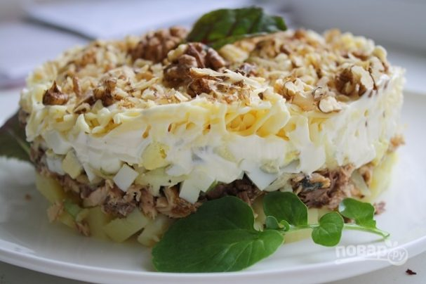 Австрийский слоеный салат