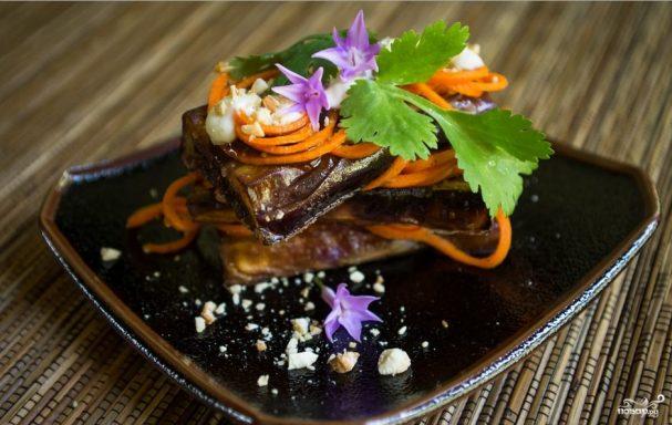 Баклажаны с морковкой по-корейски