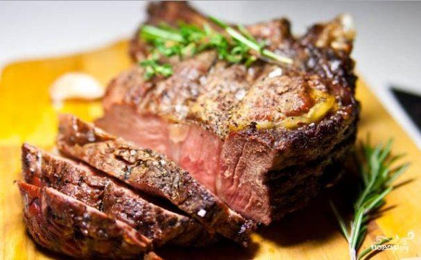 мясо в духовке кусками