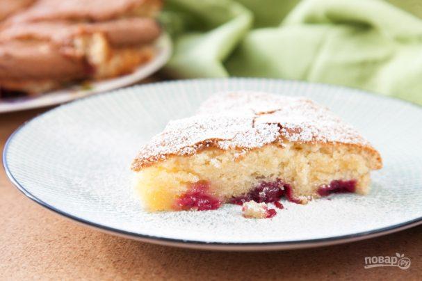 Пирог из вишни (очень легкий рецепт)