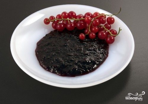 Пюре из красной смородины