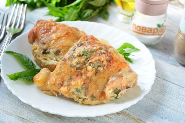Курица с мятой в духовке
